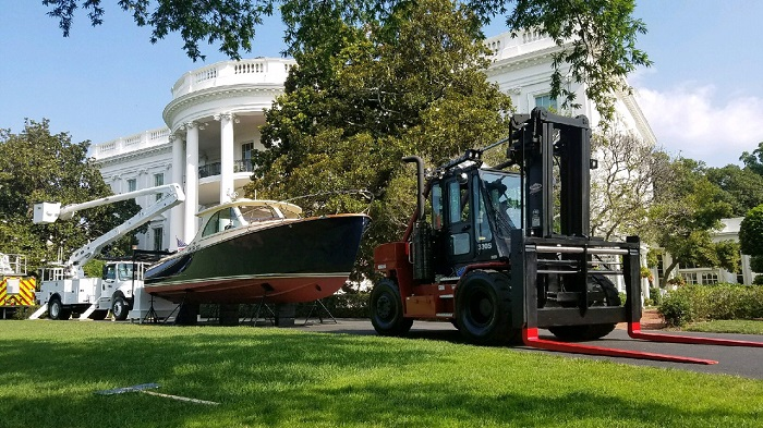 Big Red at White House - sm